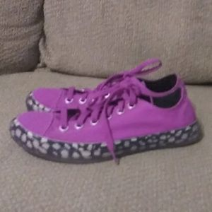 Converse Low Top All-Star Magenta sz 7